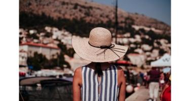 7 CÁCH TẠO DÁNG CHỤP ẢNH NÊN BIẾT KHI ĐI DU LỊCH
